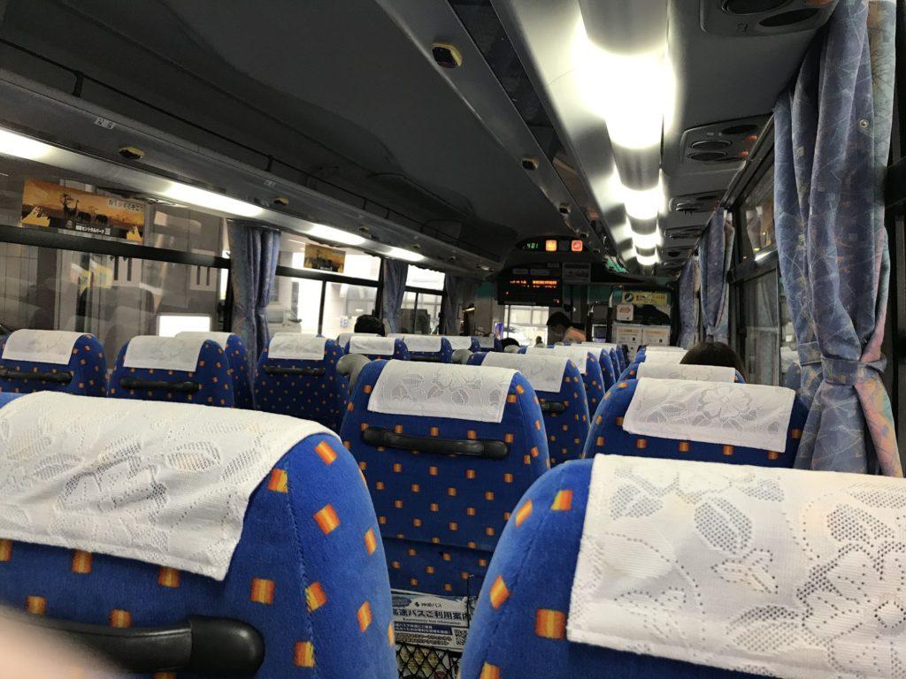 姫路発関空行のリムジンバス。コロナウイルスの影響もありガラガラ
